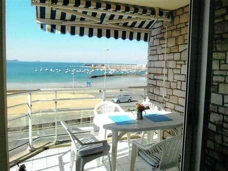 Appartement avec 2 terrasses vue sur le port d'Erquy
