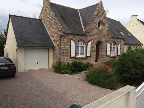 Maison 6 personnes au centre d'Erquy avec parking et jardin