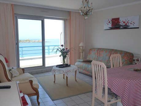 Appartement avec vue sur plage et le port d'Erquy