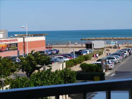 APPARTEMENT T2 VUE MER ET PLAGE PARKING PRIVE ET ASCENSEUR