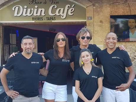 DIVIN CAFÉ
