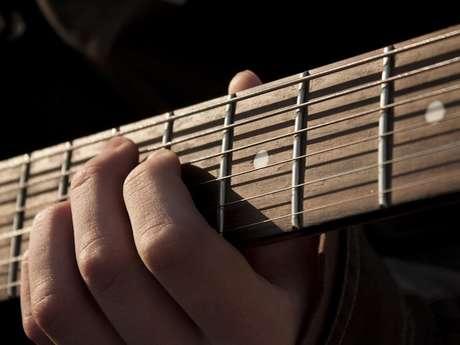 Concert folk acoustique