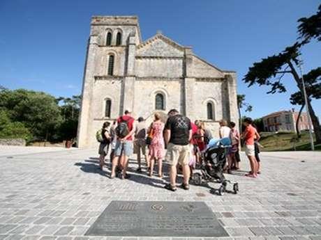 Visite de la basilique et du village ancien de Soulac