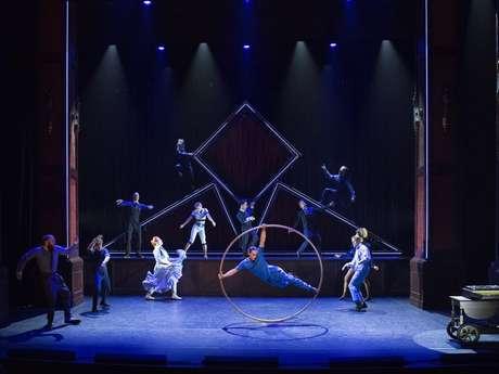 """Hôtel"" - Cirque Eloize"