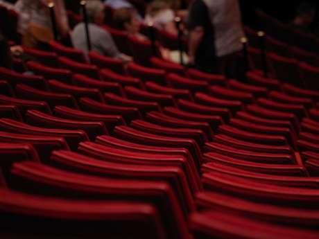 """Théâtre: """"Frères Numains"""""""