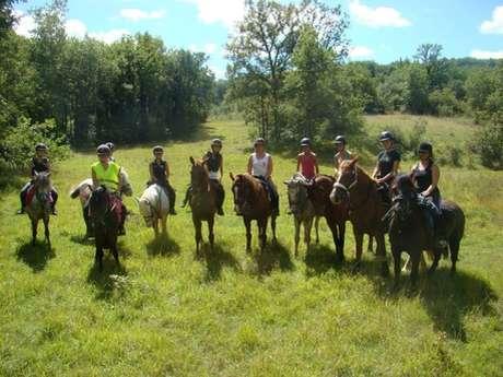 Centre Equestre & Poney Club de GourdonAssociation Les Cavaliers d'Extérieur