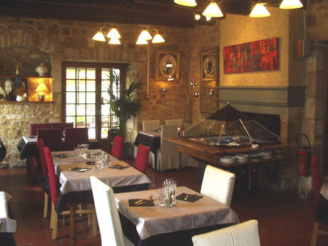 Hôtel-Restaurant Auberge de la Tour