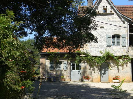 Chambres d'hôtes à la ferme : Le Mas d'Ambayrac