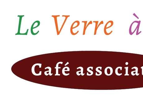 Juillet au Café le Verre à Soi
