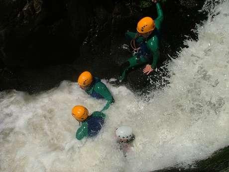 Lot Aventure - Base de Cajarc - Spéléologie, Canyoning et Escalade