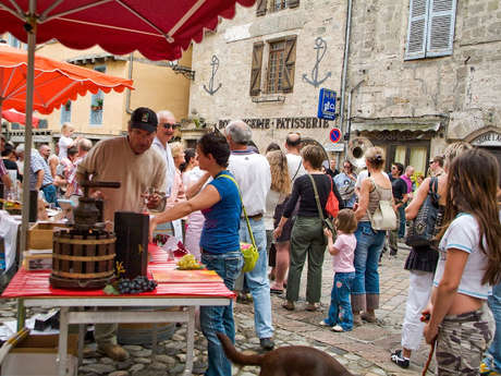 Marché à Beaulieu-sur-Dordogne