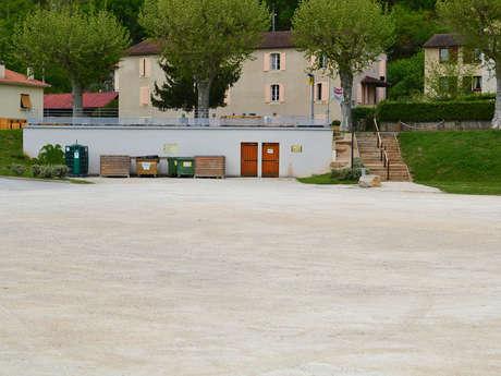 Aire et Borne pour Camping Car de Saint-Géry