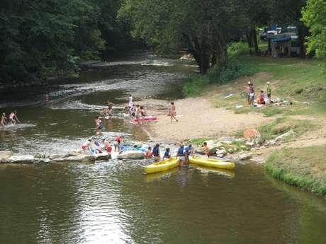 Baignade dans la rivière Célé - Brengues