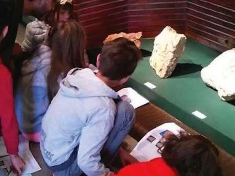 """Visite-Enfant """"Dino et les Fossiles"""", Musée d'Histoire de Figeac"""