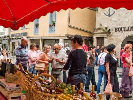 Marché des Producteurs de Pays Festif à Beaulieu-sur-Dordogne