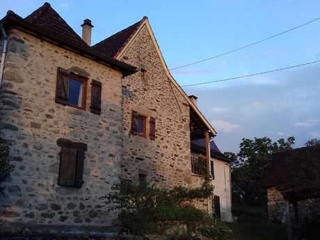 Chez Claire, À Latouille