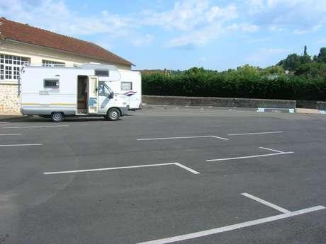 Aire d'Accueil et de Services de Saint Céré au camping le Soulhol