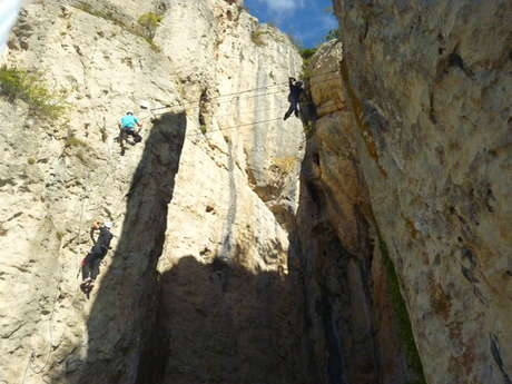 LOCATION DE MATERIEL VIA FERRATA, SNACK DE LA VIA