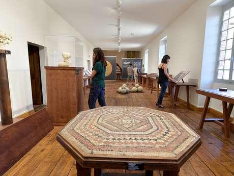 Visite section antique du musée et Maison Sentex