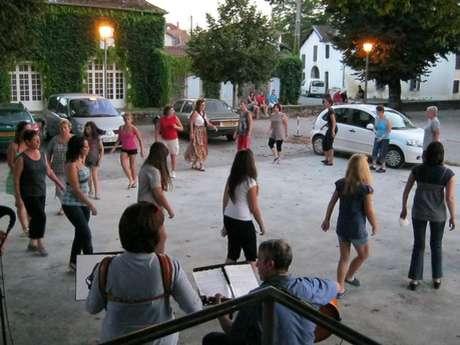 Atelier danses traditionnelles locales