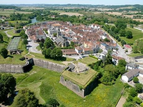 Visite guidée : Les remparts de Navarrenx de fond en comble