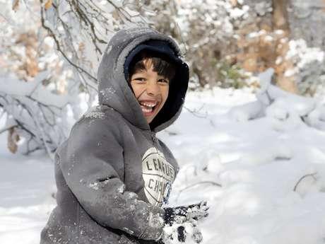 Sortie à la neige en famille à Issarbe
