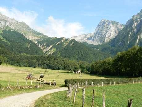 Cabane Laiterine par le Col d'Iseye