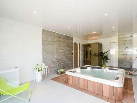 """Gîte """"La Pétillante"""" 7 chambres avec spa et sauna"""