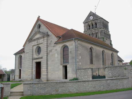 Visite de l'église Saint-Luc à Voillecomte