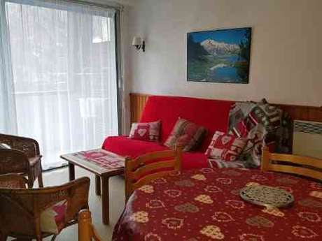 APPARTEMENT DANS RESIDENCE GRAND PRE