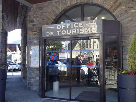 CENTRALE DE RESERVATION SAINT LARY TOUR