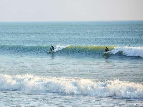 SURFING SAINT GILLES