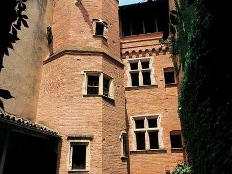 Private mansion portail retors