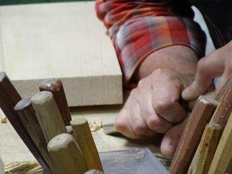 Visite de l'atelier de formier Hats Blocks Laforest