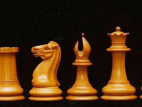 Jouez aux échecs au Bazart