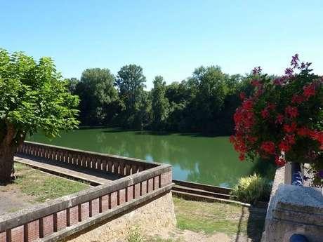 Reyniès picnic area