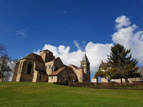Église Saint-Pierre et Saint-Benoît