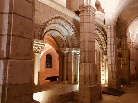 L'Abbaye Saint-Germain en nocturne