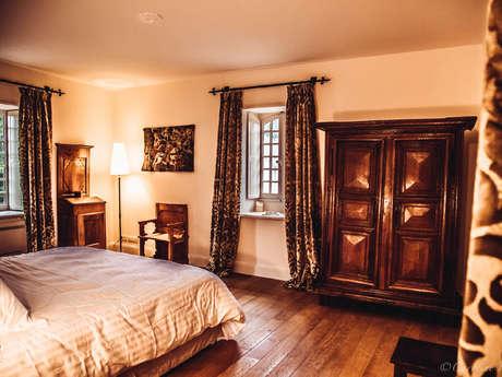 """Chambres d'Hôtes """"Château de Couches"""""""