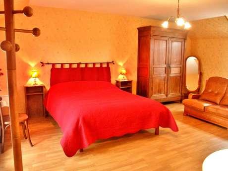 Chambres d'hôtes Gîtes de France - SAINT MICHEL DE VEISSE - 3 chambres - Réf : 23G0684