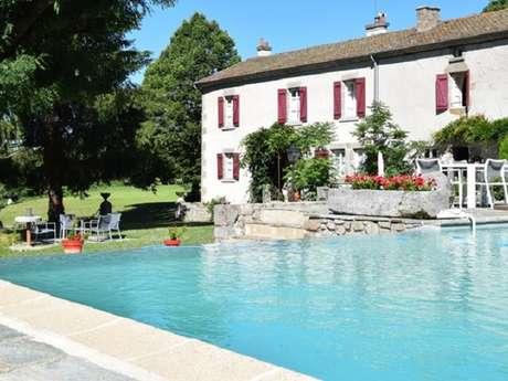 Chambres d'hôtes Gîtes de France - SAINT PARDOUX LE NEUF - 5 chambres - Réf : 23G0524