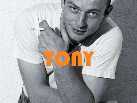 Tony d'Hervé Guilloteau, histoire d'une jeunesse locale