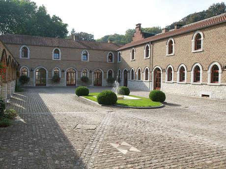 Hôtel-Ferme du Château d'Ahin