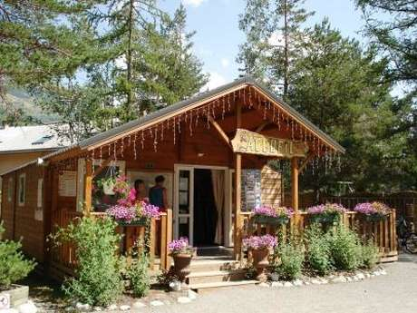 Iscle de Prelles campsite, winter caravanning and Spa