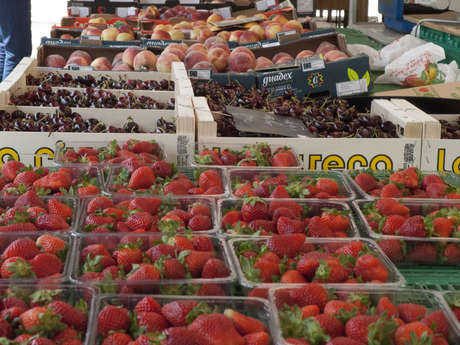 Marché des producteurs locaux à Savigny