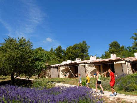 """VVF Villages """"Le balcon du Luberon"""""""