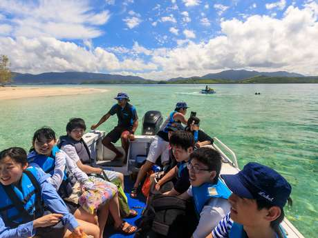 Taxi boat - Blue paradise