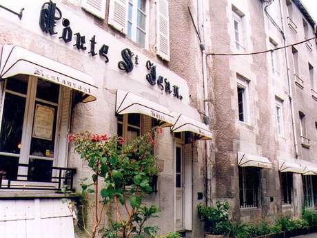 Hôtel Restaurant A la Porte Saint Jean