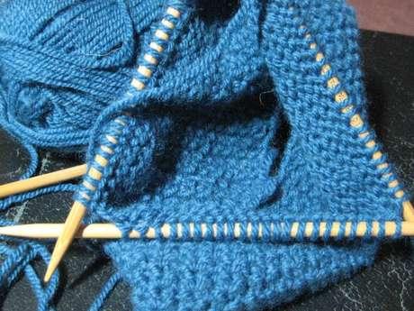 Atelier tricot et jeux