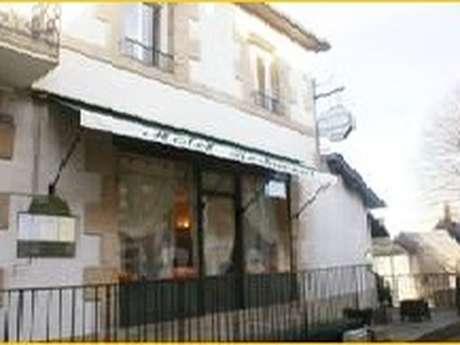 Café - Hôtel - Restaurant - Café Papilles et Pupilles